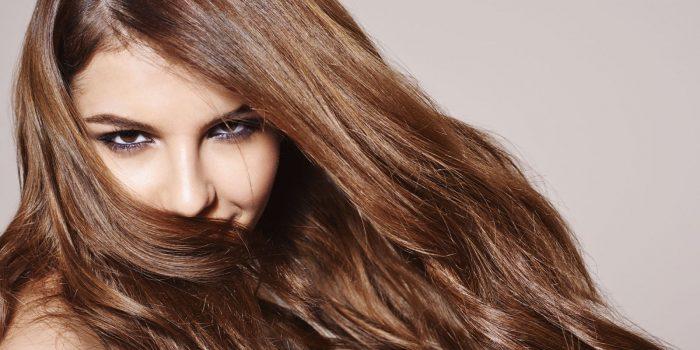 Wie lassen Sie Ihre Haare wachsen? Ratgeber für Haarfanatikerinnen